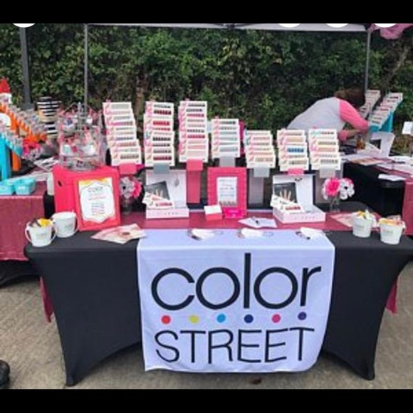 Color Street Table Runner